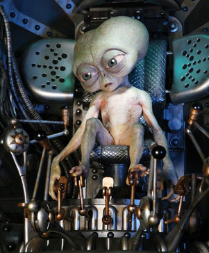 second shot of the little alien controlling the human from Men in Black