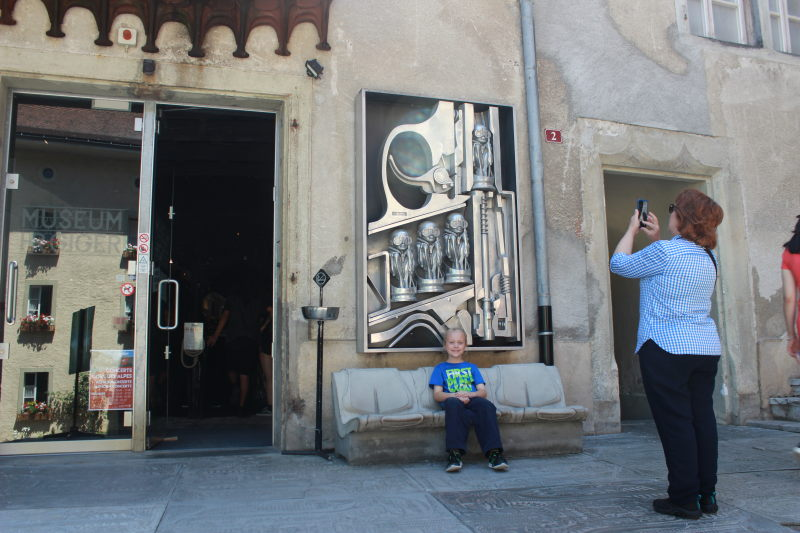 Toren in front of the Giger Museum.