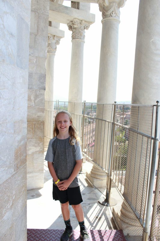 Toren on the Leaning Tower of Pisa